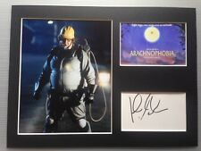 [A0491] John Goodman ARACHNOPHOBIA Signed 12x16 Display AFTAL