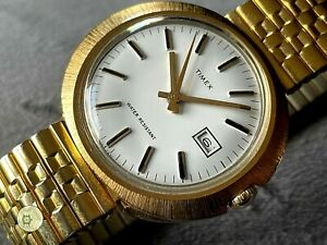 Large mens vintage WINDING Timex Marlin date WATCH recent service 1971 M25