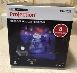 NEW GEMMY Lightshow Projection Outdoor LED Projector 8 Holiday Slides Christmas