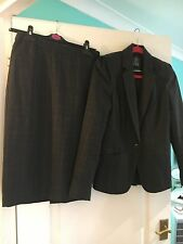 Woman's Suit size 10 charcoal