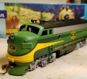 Athearn John Deere f7 a locomotive train engine HO scale f7a rare