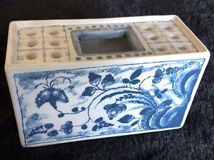 Vtg METROPOLITAN MUSEUM OF ART Mottahedeh White & Blue Flower Box Vase Portugal