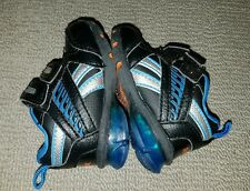 REEBOK prewalker LIGHTUP baby shoes SIZE 2.5 / 3-6 months