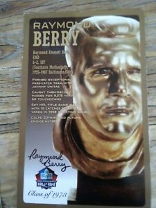 RAYMOND BERRY Autographed  Pro Football HOF Postcard BALTIMORE COLTS