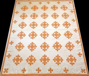 Vintage 1940's Hand Stitched 7-8 spi Orange & Ivory Floral Applique Quilt 89x75