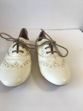 Born Beige  Leather Wingtip Oxford Flat US 8 EU 39 B42601 Lace-Up Pre-owned