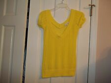CHARLOTTE RUSSE LADIES SIZE S.  PULLOVER WIDE V- NECK SWEATER TOP YELLOW SHIRT
