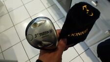 a MD Sure Fire II 3 wood 15* Graphite Mid Firm