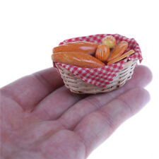 1/12 Dollhouse Miniature Bread/ Toast on a Basket Simulation food Kitchen toy OH