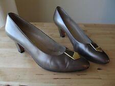 Vintage Salvatore Ferragamo Gold Art Deco Shoes High Heels Pumps- Size 7 C