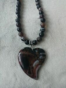 Brand New Brown Agate & Black Onyx Gemstone Necklace