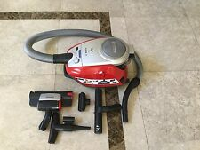 Bosch Zoo 2200W bag less vacuum cleaner