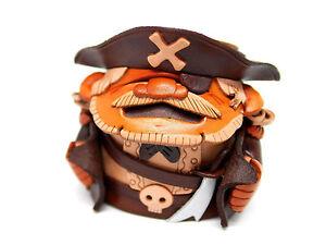 Pirate Handmade Leather Eyeglasses Holder/Stand *VANCA* Made in Japan #26226