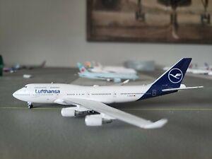 1:400 Gemini Jets Lufthansa B 747-400 D-ABVM READ DESCRIPTION
