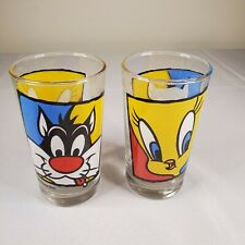 (2) Looney Tunes Warner Bros Bugs Bunny Daffy Duck 10 Ounce Glass Vintage
