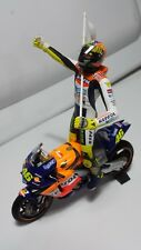 HONDA RC211V. Valentino ROSSI. 1st win MotoGP 2002. Limited Edition. Minichamps