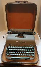 Vintage Remington Quiet-Riter Miracle Tab Manual Portable Typewriter w/ Case