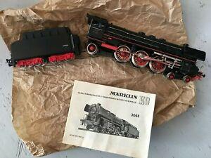 MARKLIN locomotive à vapeur 01097  en  très bon état. livrée avec notice 3048