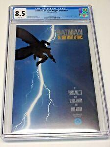 Batman The Dark Knight Returns #1 Comic 1986 Frank Miller CGC 8.5 1st PRINT