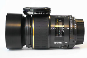 Tamron 90mm Auto Focus 1:2.8 Macro Lens for Nikon - Model 72E