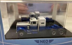 DCP First Gear scale NEO SCALE MODELS  White Road Boss Truck NEO64015 1/64