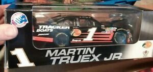 Action Racing Collectibles 1:24 Die-Cast #1 Bass Pro Shops, Martin Truex JR,...