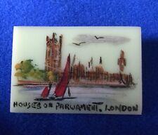 Vintage Art Deco Bakelite Painted London Scene Houses Of Parliament Brooch