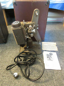 Vintage Revere Model 85 8mm Movie Film Projector w/ Case & Cord