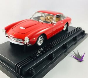 Ferrari 250 GT Berlinetta Hot Wheels 1/18 with box
