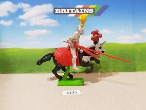 Britains Deetail Crusader Mounted Knight (lot 3135)