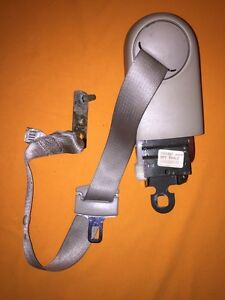 2002 Cadillac Deville DTS Left Rear Seat Belt Retractor Assembly, OEM, 25709727
