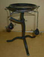 """Halloween SPIDER WEB & 3 SPIDERS 3 Leg Metal Stand 7"""" Tall 6"""" Wide"""
