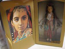 American Girl Girls Of Many Lands Leyla of Turkey w Book & Doll Original Box
