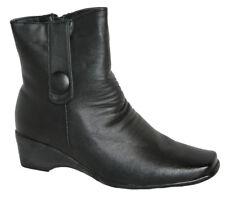 Ladies mid wedge, Lightweight Boot, Button Detail, Inside Zip Black Size 4