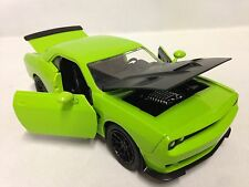 2015 Dodge Challenger SRT HELLCAT, Collectible, Diecast 1:24, Jada Toys, Green