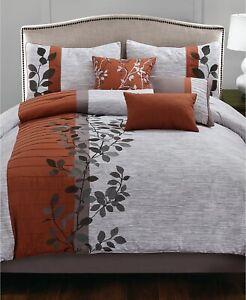 Hallmart Collectibles Floral Vines Ivy 7-Pc. Vibrant Comforter Set  QUEEN  Spice