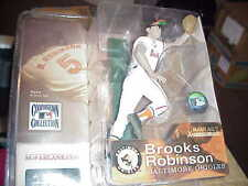 MCFARLANE MLB COOPERSTOWN 1**BROOKS ROBINSON **WHITE ORIOLES JERSEY **QQ