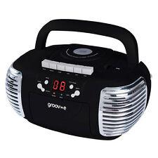GROOV-E RETRO BOOMBOX PORTABLE CD CASSETTE AND RADIO PLAYER - BLACK