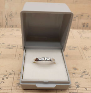 Vintage 925 Sterling Silver and Small Genuine Diamond Band Ring with Box