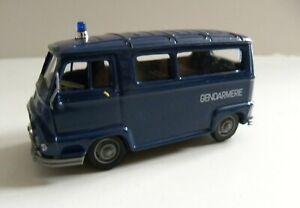 1/43 RENAULT ESTAFETTE Gendarmerie sans boite