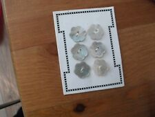 mother of pearl flower buttons