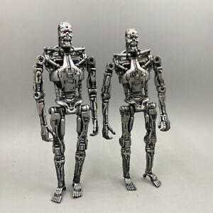 Terminator Salvation - T-700 Endoskeleton Action Figure 2PCS XW53