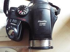 Fujifilm Finepix S5800 fotocamera digitale 10x zoom ottico BATTERIA PORTA necessita di riparazione