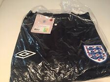 Umbro England National Team Soccer 2007 Travel Polo Shirt New With tags US Small