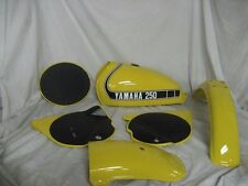 COMPETITION YELLOW Custom Mix Paint for Yamaha Motorcycles- PINT