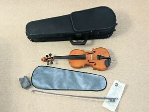 New Stentor Andreas Zeller Half Size Violin P&H Bow Strap And Case