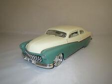 Ertl/American Muscle  (1951)  Mercury  (türkis/cremweiß)  1:18 ohne Verpackung !