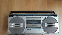 Philips D-8130 Ghettoblaster  2 way wide frequency range loudspeaker system