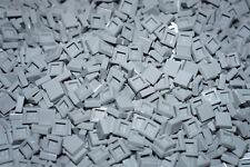 LEGO BRICKS 300 x LIGHT GREY FLAT TILES 1 x 1 No 3070 CITY-STAR WARS-FRIENDS