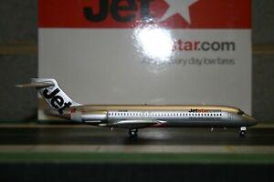 JC Wings 1:200 Jetstar Boeing 717-200 VH-VQI (XX2342) Die-Cast Model Plane